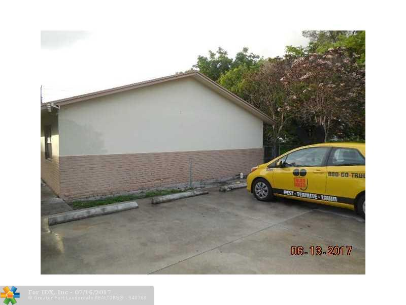 1022102 NW 8th Ave, Fort Lauderdale, FL 33311