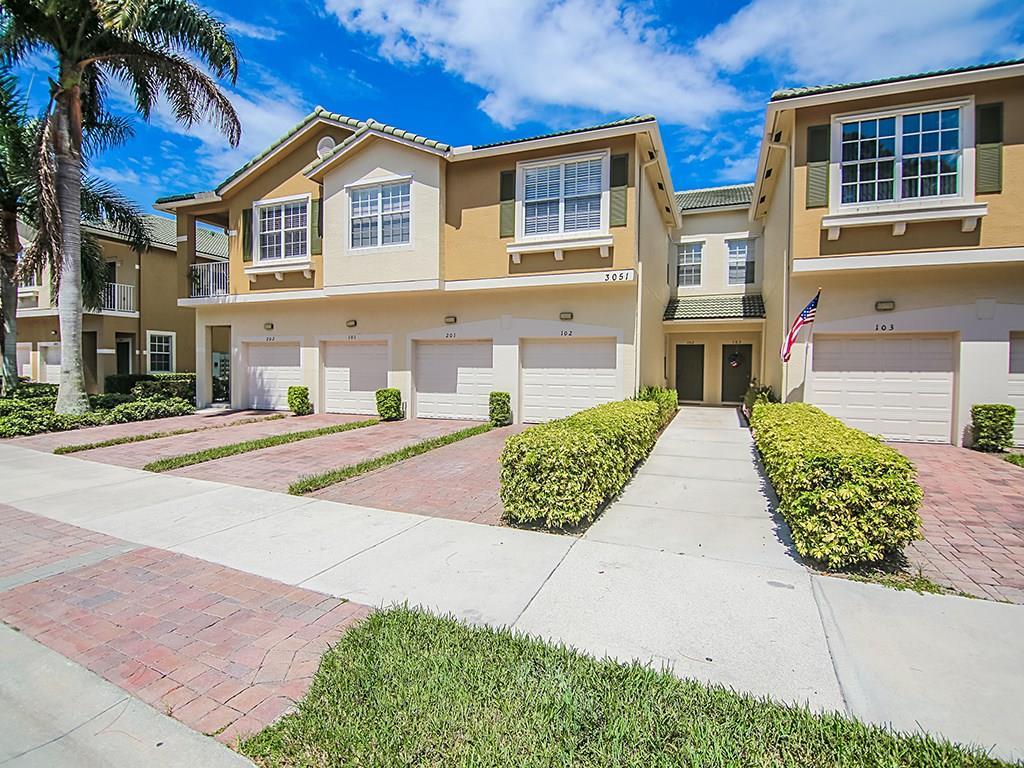 3051 SE Lexington Lakes Drive 102, Stuart, FL 34994
