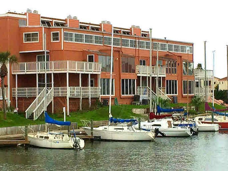 14300 S Padre Island Dr 99, Corpus Christi, TX 78418