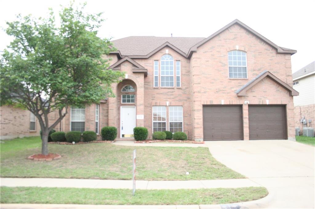 312 Brookhaven Drive, Grand Prairie, TX 75052