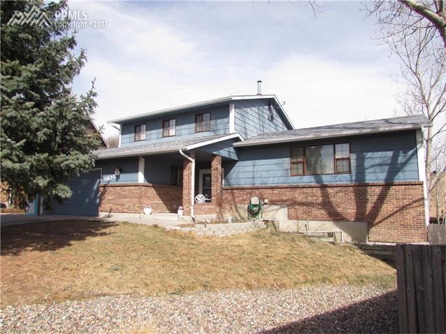 5635 E Old Farm Circle, Colorado Springs, CO 80917