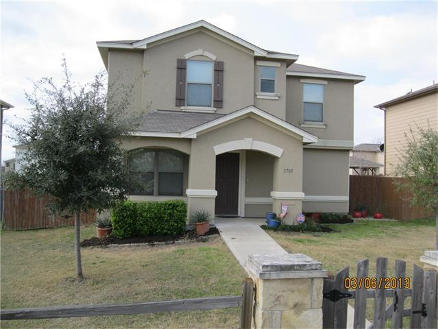 5705 Viewpoint Dr, Austin, TX 78744
