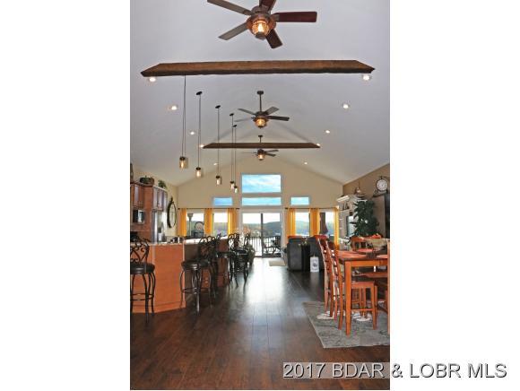 438 Blackhawk Drive, Lake Ozark, MO 65049