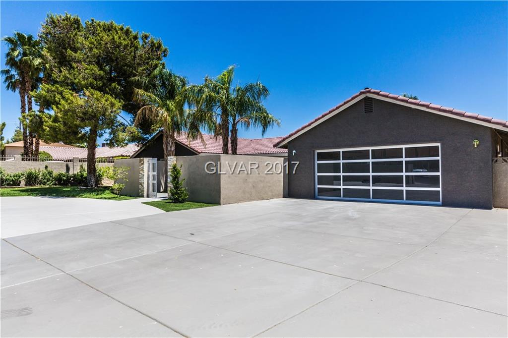 2650 BELCASTRO Street, Las Vegas, NV 89117