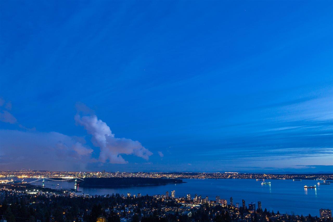 2496 OTTAWA AVENUE, West Vancouver, BC V7V 2T1