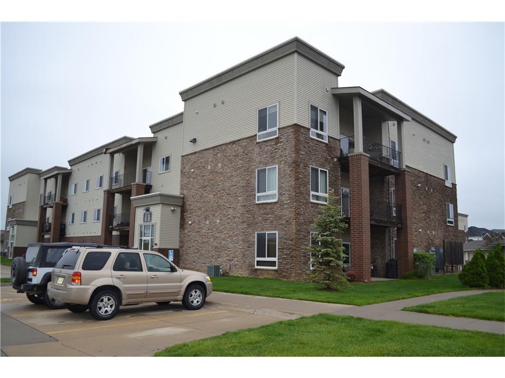 6350 Coachlight Drive 3207, West Des Moines, IA 50266