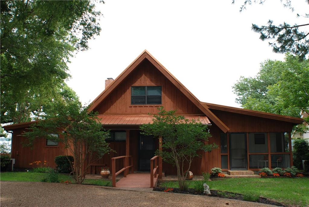 2408 Point Of View Drive, Tool, TX 75143