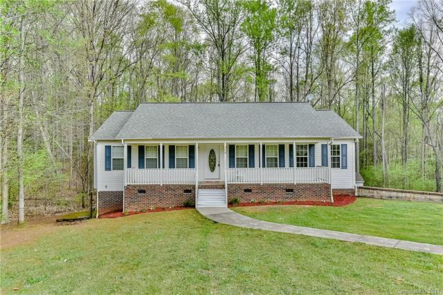 138 Meadowfall Lane, Troutman, NC 28166