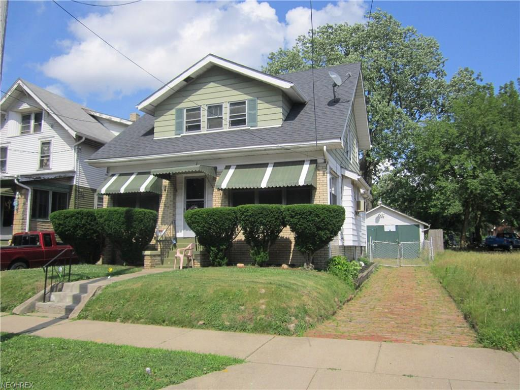 1065 Laurel Ave, Akron, OH 44307