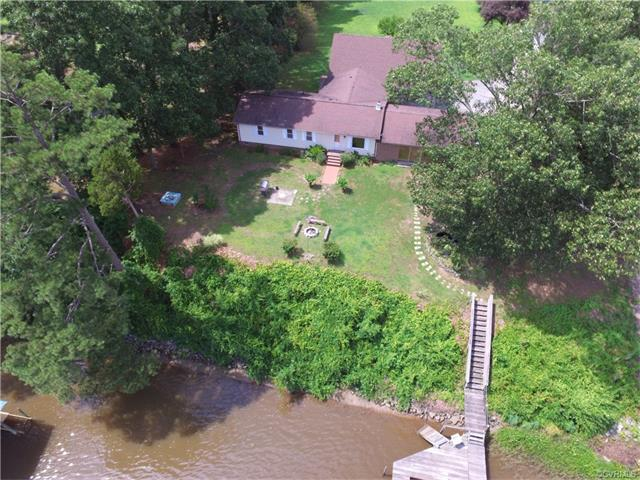 184 Foxes Tract, West Point, VA 23181