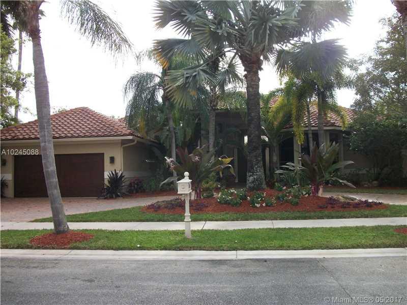 433 Coconut Cir, Weston, FL 33326