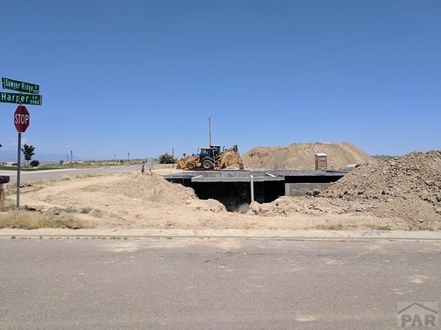 5901 Harper Ln, Pueblo, CO 81008