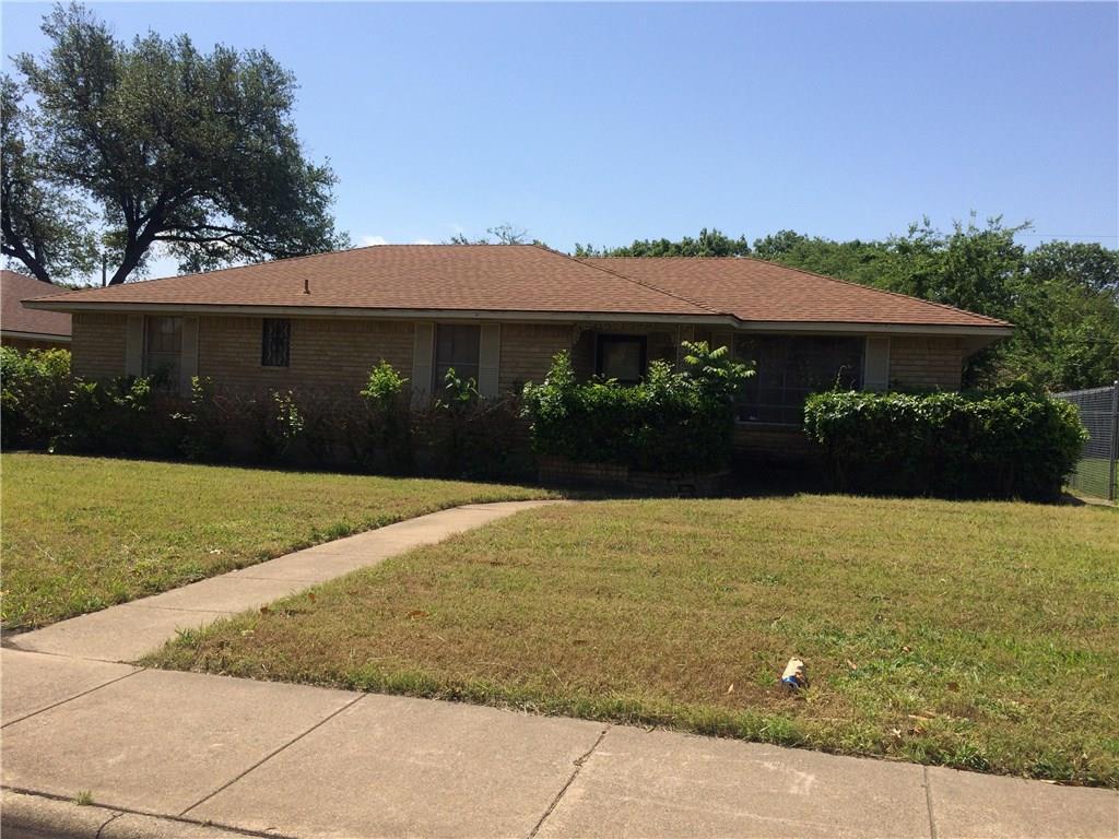 2116 Reynoldston Lane, Dallas, TX 75232