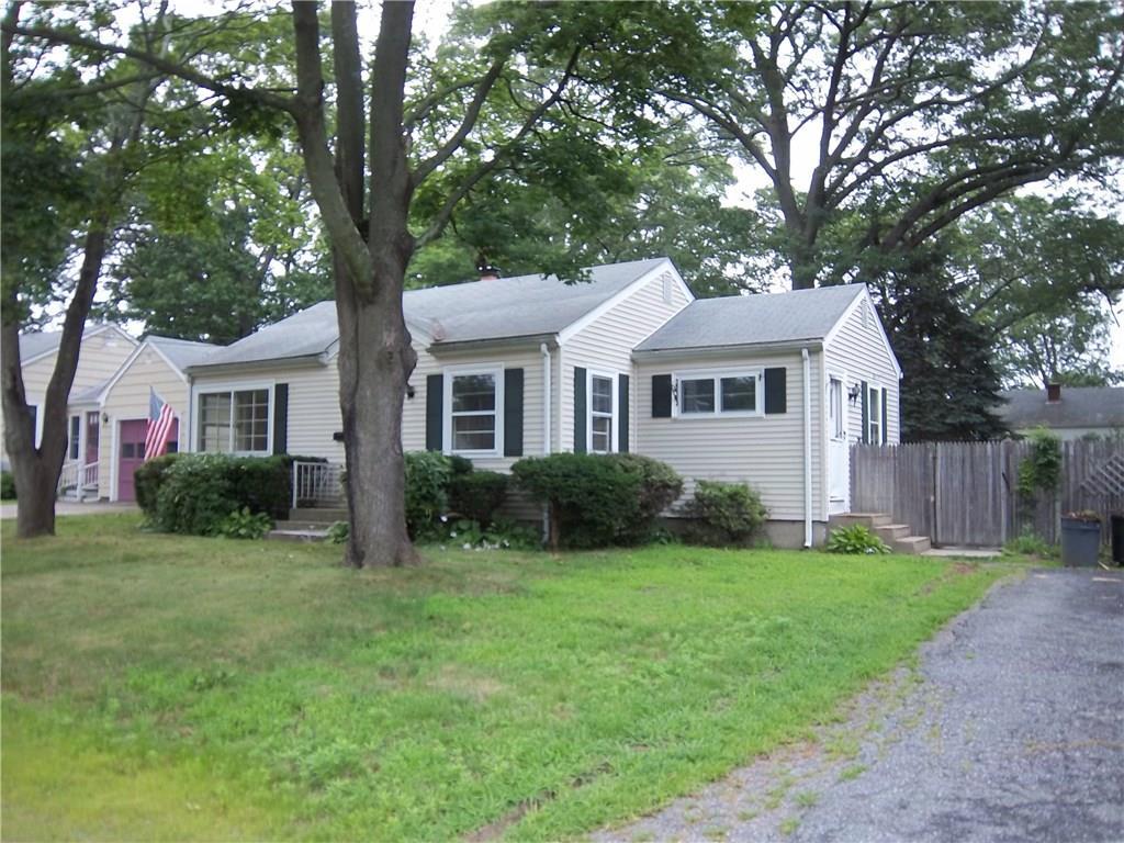 104 Holland AV, East Providence, RI 02915