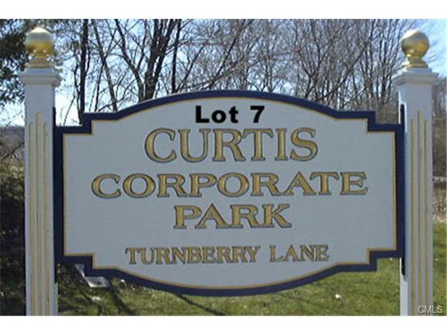 8 Turnberry Lane, Newtown, CT 06482