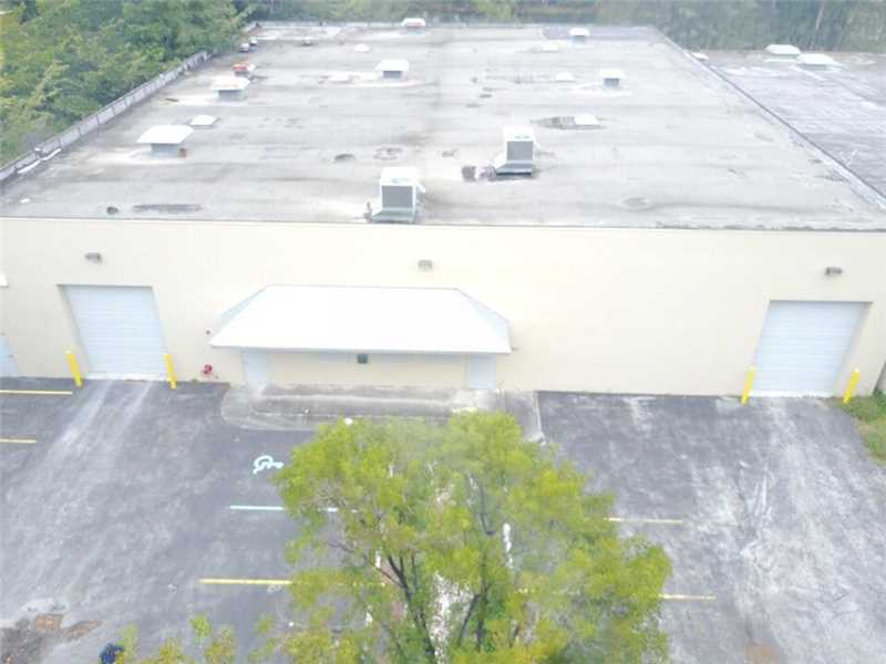 1956 NW 94th Ave, Doral, FL 33172