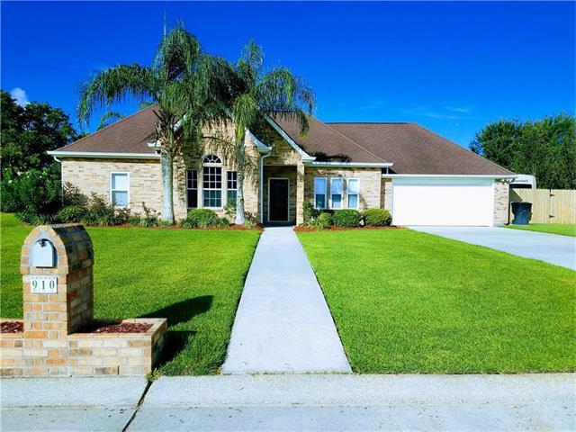 910 JASON Drive, Belle Chasse, LA 70037