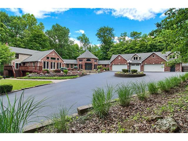 1466 Kehrs Mill Rd, Chesterfield, MO 63005
