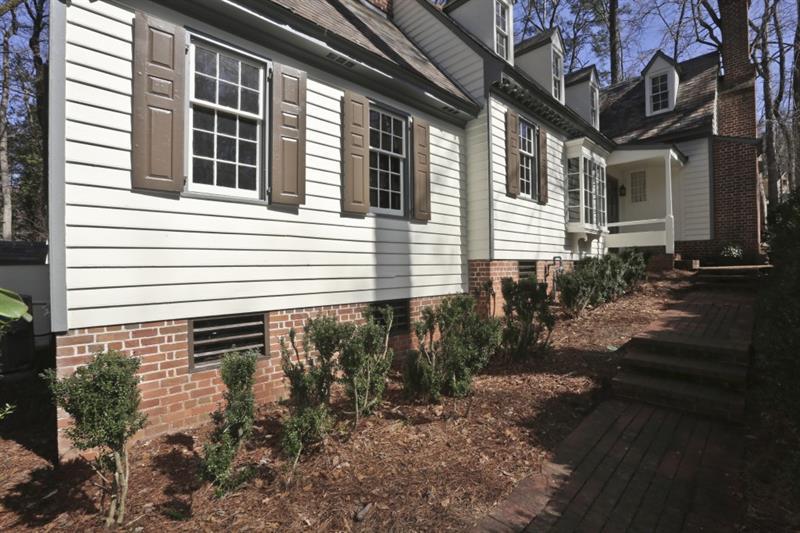 1215 Beechwood Drive, Atlanta, GA 30327