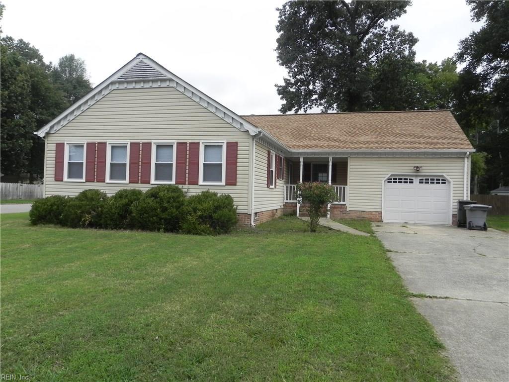 104 Michaels Woods DR, Hampton, VA 23666