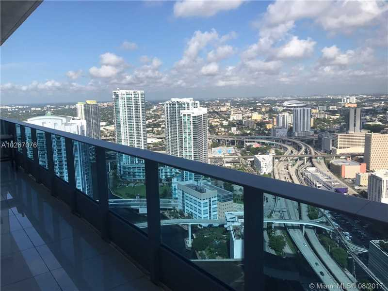 200 Biscayne Blvd Way 4911, Miami, FL 33131