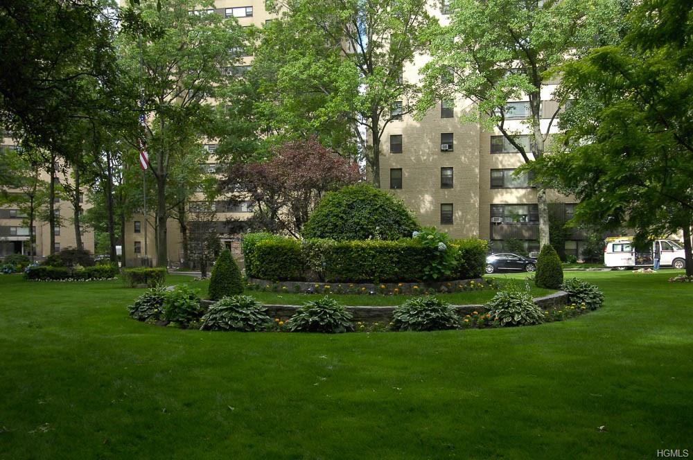 9 Fordham Hill Oval 5E, Bronx, NY 10468