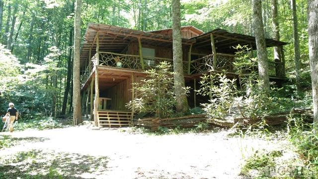 654 Evans Creek Road, Scaly Mountain, NC 28775