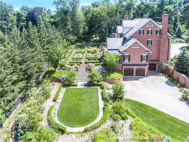 Additional photo for property listing at 82 High Ridge Avenue  Ridgefield, Connecticut,06877 United States
