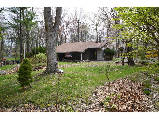 33 Valley View Lane, New Milford, CT 06776