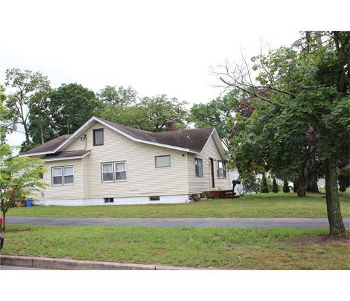 33 Forge Street, Monroe Township, NJ 08831