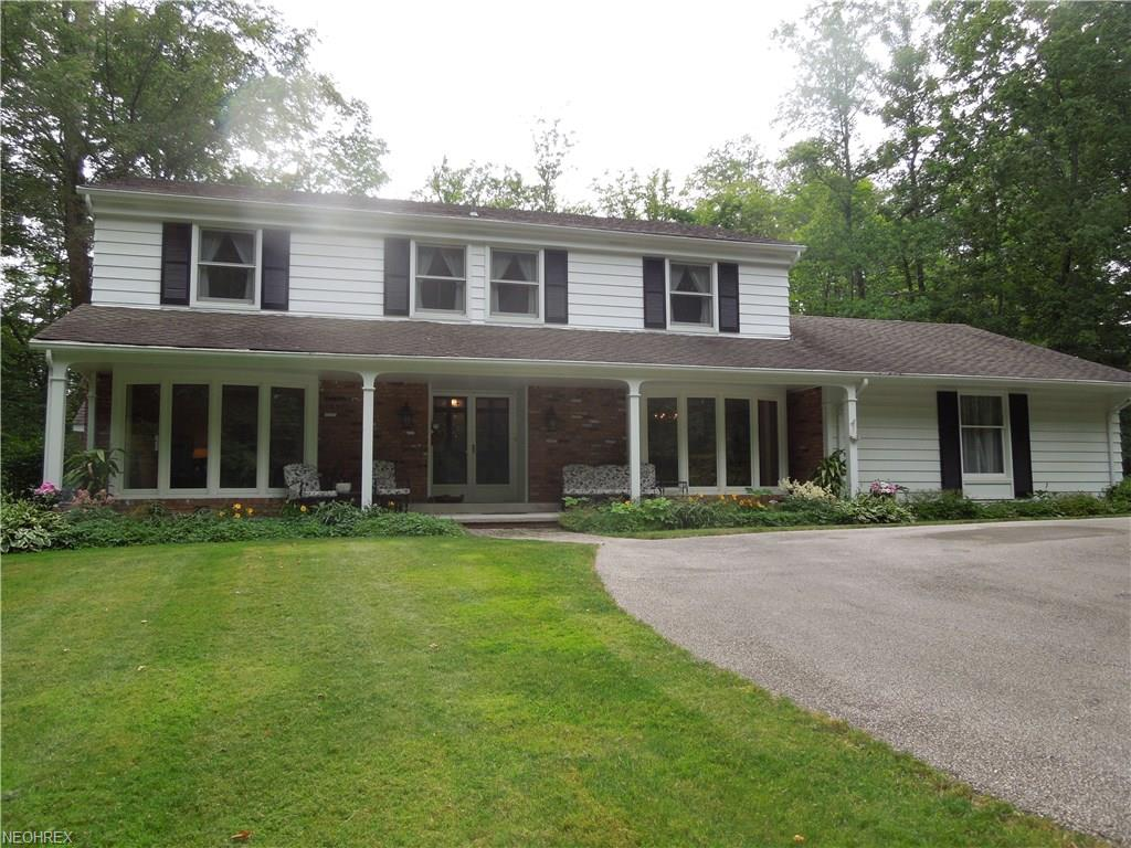9020 Little Mountain Rd, Kirtland Hills, OH 44060