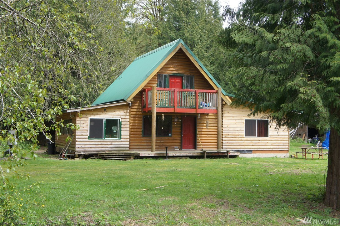1382 Duckabush Rd, Brinnon, WA 98320