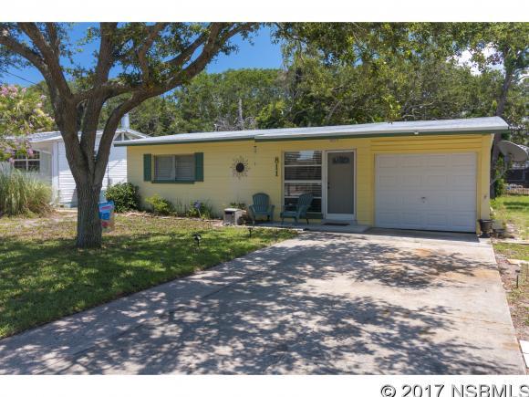 811 11th Ave, New Smyrna Beach, FL 32169
