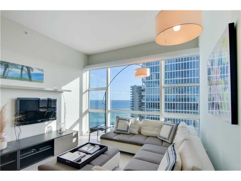 6801 Collins Ave PH04, Miami Beach, FL 33141