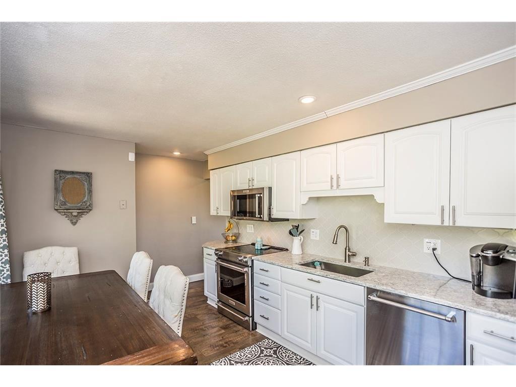4580 Parkridge Avenue, Pleasant Hill, IA 50327