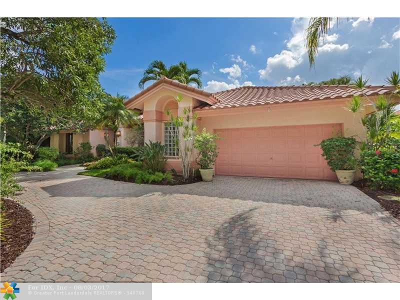 1253 Manor Dr S, Weston, FL 33326