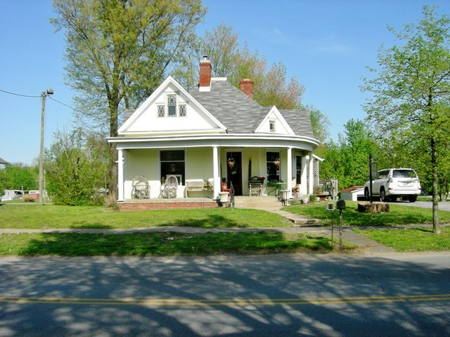 490 Main Street, Calhoun, KY 42327