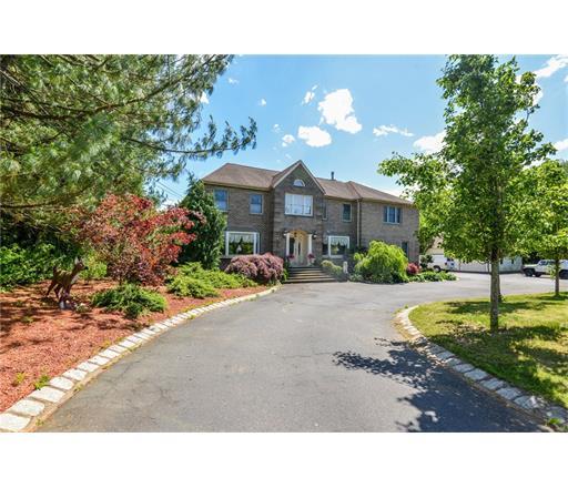 217 Matchaponix Avenue, Monroe Township, NJ 08831