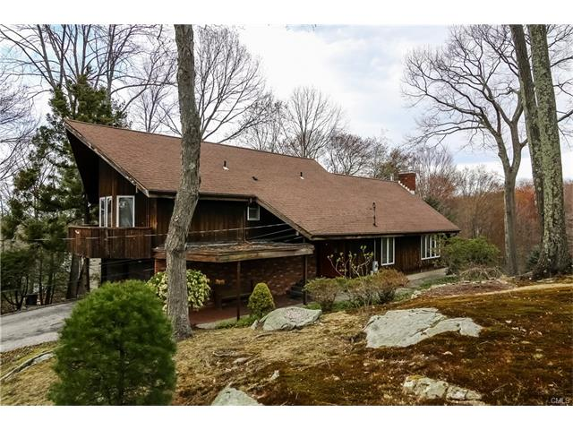 40 Whippoorwill Road, Bethel, CT 06801