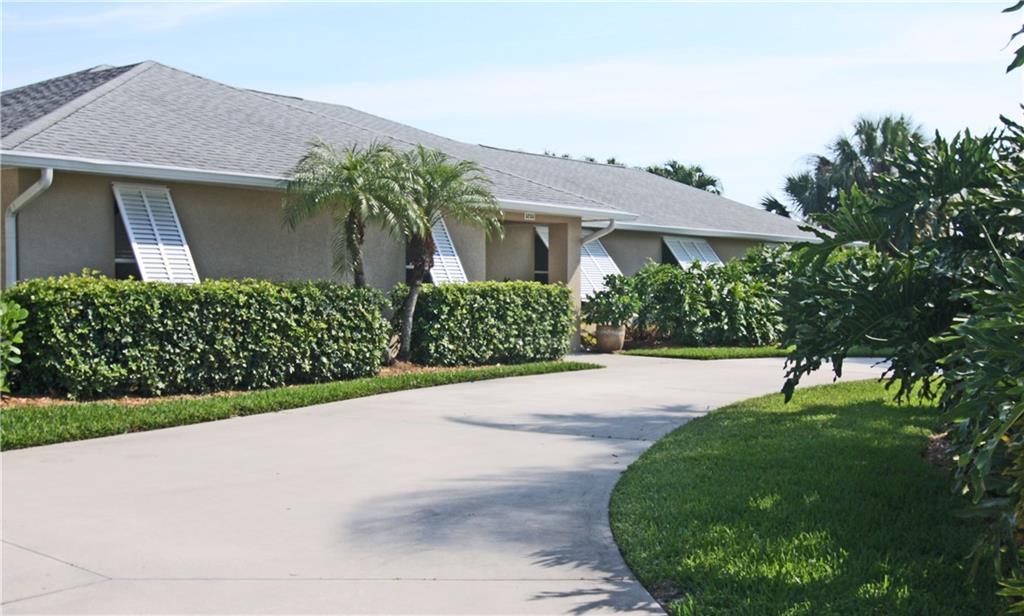 5253 SE Tall Pines Way, Stuart, FL 34997