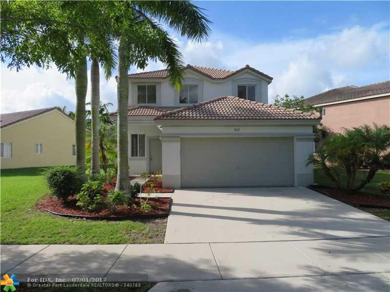 927 Golden Cane Dr, Weston, FL 33327