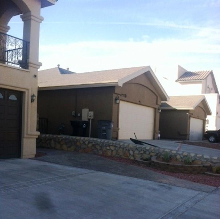11727 DOS PALMAS Drive B, El Paso, TX 79936