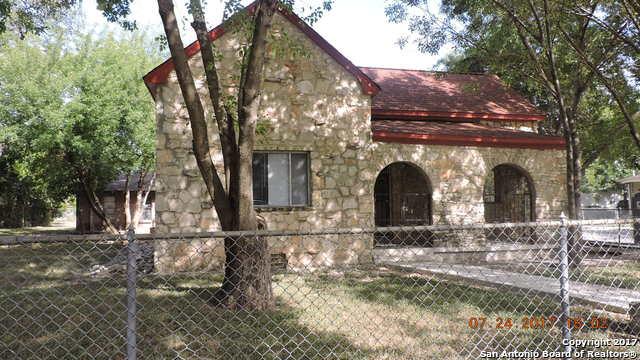 320 RIDDLE ST, San Antonio, TX 78210