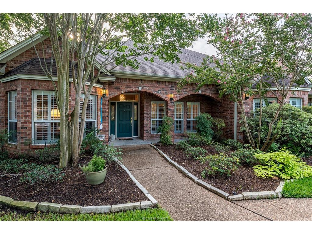4904 Firestone Drive, College Station, TX 77845