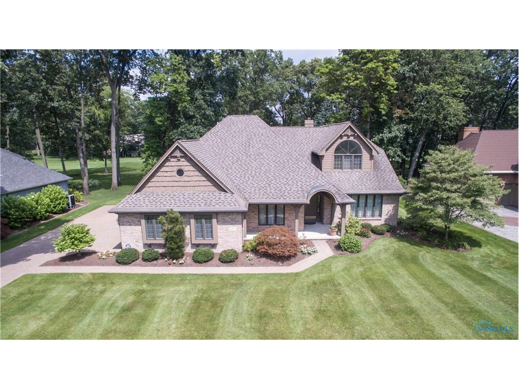 360 Pine Valley Road, Holland, OH 43528