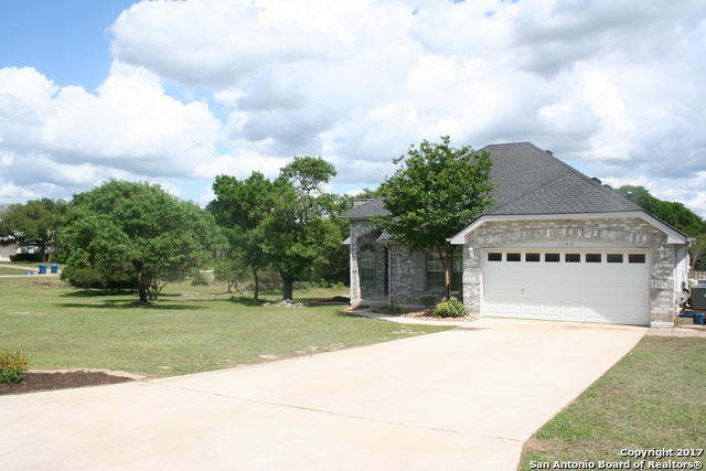 8602 Summer Song Cir, Boerne, TX 78015