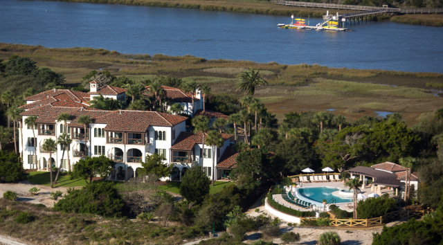 10 Dune Avenue (Unit 16, Qtr. Int.# III) 16, Sea Island, GA 31561