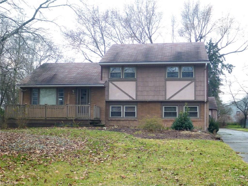 1186 North Rd SE, Warren, OH 44484