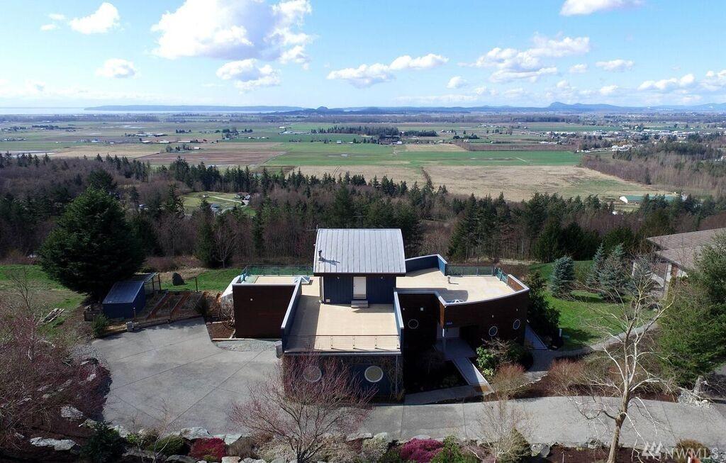 18564 Cascade View Dr, Mount Vernon, WA 98274