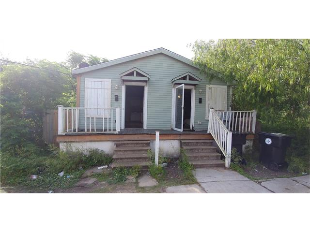 2306 SEMINOLE Lane, New Orleans, LA 70125